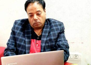 Dr Mukesh Kwatr